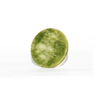 Нефритовий камінь для клею